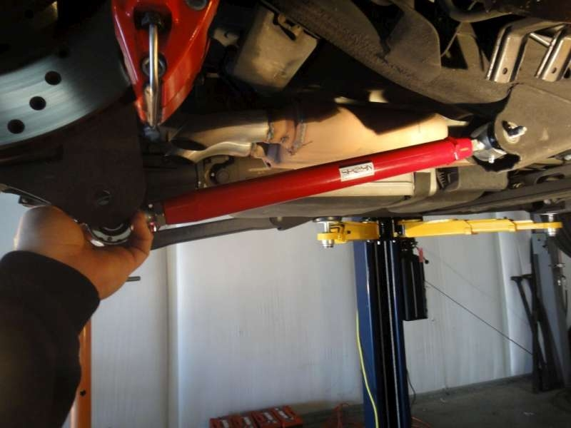 Adjustable Rear Lower Control Arms - 2007-2014 GM SUV: Suburban, Tahoe,  Yukon, Avalanche, Escalade