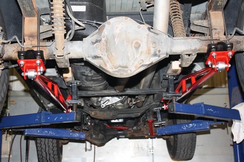 rear traction ladder bars 1994 2002 dodge ram 2500 3500 4x4. Black Bedroom Furniture Sets. Home Design Ideas